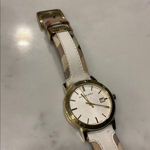 Burberry White Watch